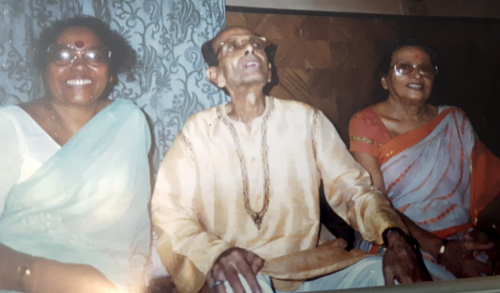 Subinoy Roy and Pompa Dhar (Nupur School of Rabindrasangeet)